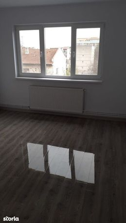 Apartament 2 camere, Zona Stefan Luchian, Decomandat, pret 53000 euro