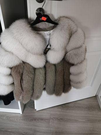 Haina din blana naturala de vulpe polara
