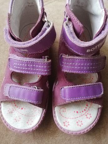Продам детские ортопедические сандалии