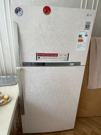 Холодильник LG новый