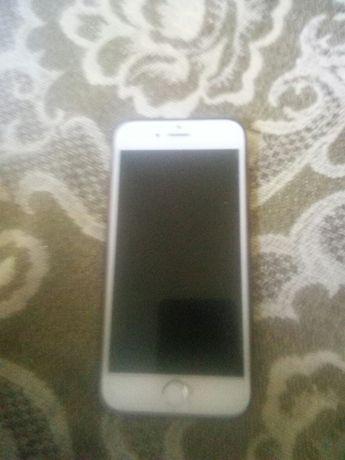 Телефон Айфон 6 в хорошем состоянии