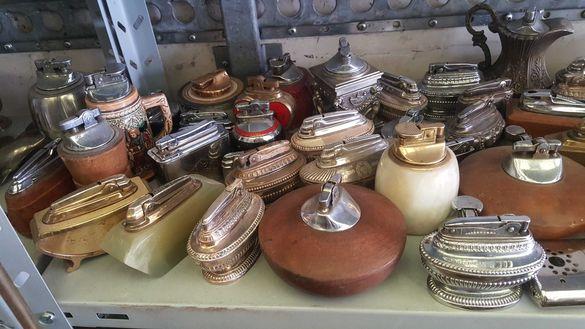 Продавам голяма колекция стари запалки -Ронсон - 100 бр. !
