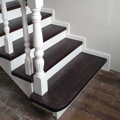 Классическая лестница из карагача