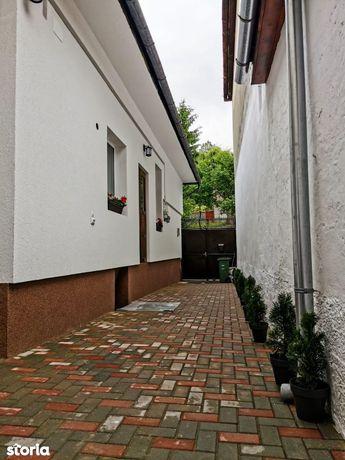 Casa individuala I Pozitie centrala I Renovata