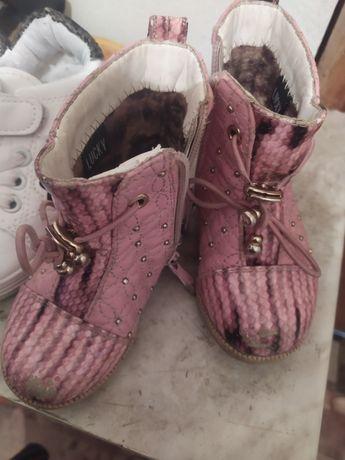 Продам разных обуви!