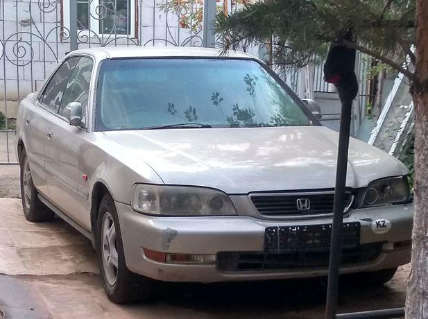 Хонда сабер 1995 г.в.