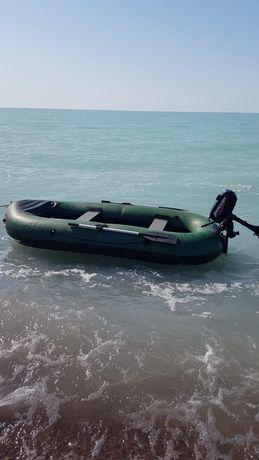 Лодка надувная Вега  на 400кг