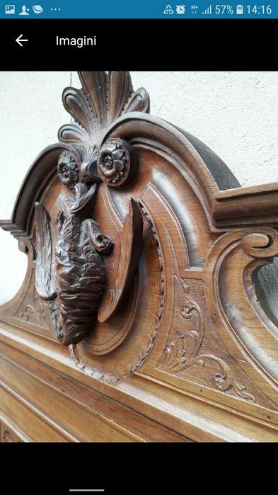 Dulap vintage, vechi sculptat lemn masiv Bucuresti - imagine 1