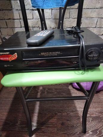 Продам видеомагнитофон Шарп и DVD плеер LG