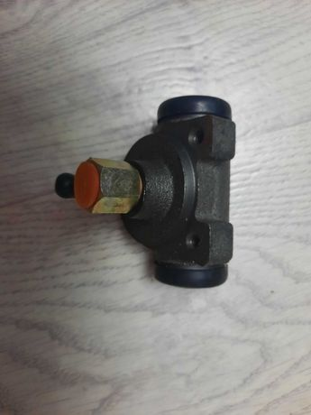 Тормозной цилиндр мерседес 207-410