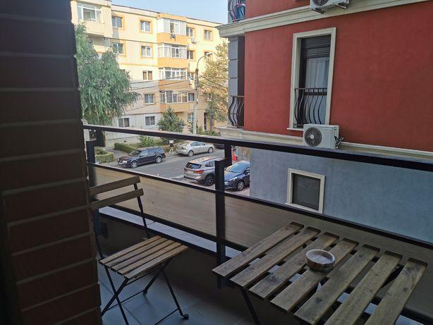 Închiriez apartament în regim hotelier