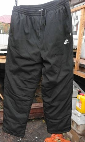 Продаются зимние штаны.