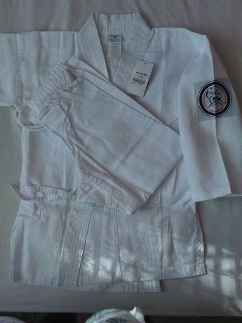 "ПРОДАВАМ нови кимона ""BOOMERANG ""ръст от 110 до 160 см."