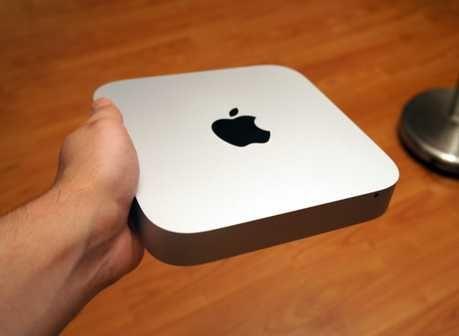 Apple Mac Mini 2011 Core i5, HD 6630M, 8gb ram+Display