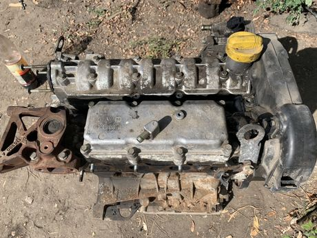 Motor Laguna 2.0 ide 140cp