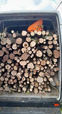 Vând lemne de foc stejar și frasin 250 lei metru ster