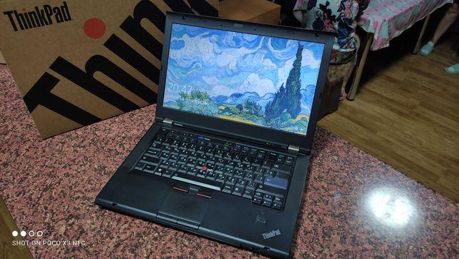 ThinkPad t420. Core i5 2520m. Ssd 64gb+Hdd 320gb. Ram 4gb.