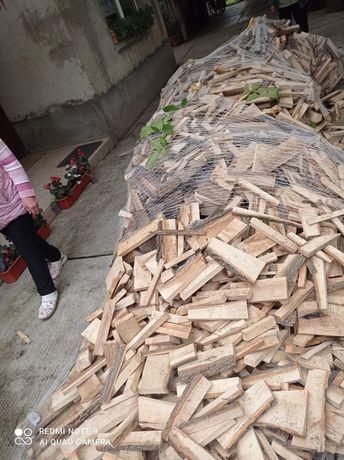 Lemne de foc deșeuri din esența tare stejar si frasin