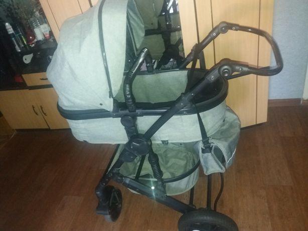 Продам детскую коляску Teknum