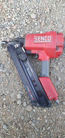 Pistol cuie pneumatic Senco