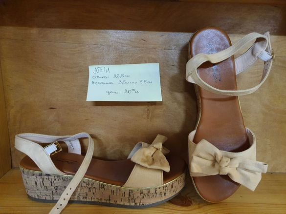 Чисто нови дамски обувки номера 40 и 41