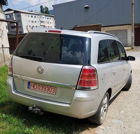 Dezmembrez Opel zafira B 1.9 cdti 120cp. 150cp. 101cp.
