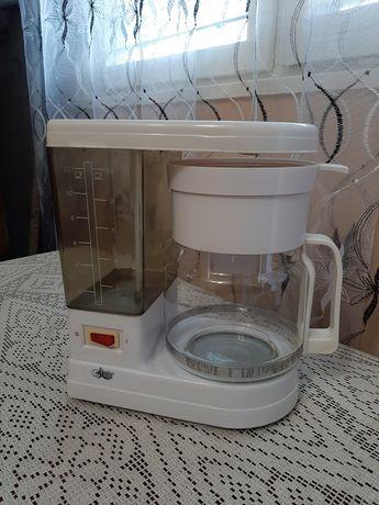 Кафе машина с кана