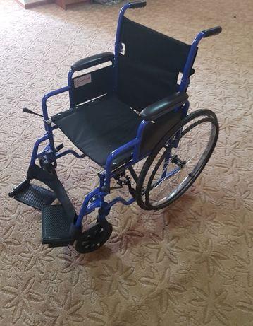 Коляска для инвалидов и пожилых людей