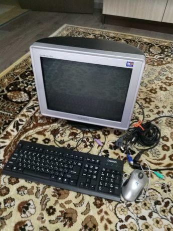 Монитор SAMSUNG+клавиатура+мишка