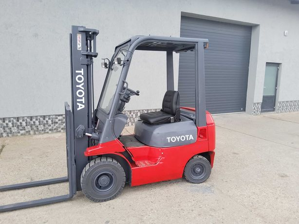 Stivuitor Motostivuitor TOYOTA Disel