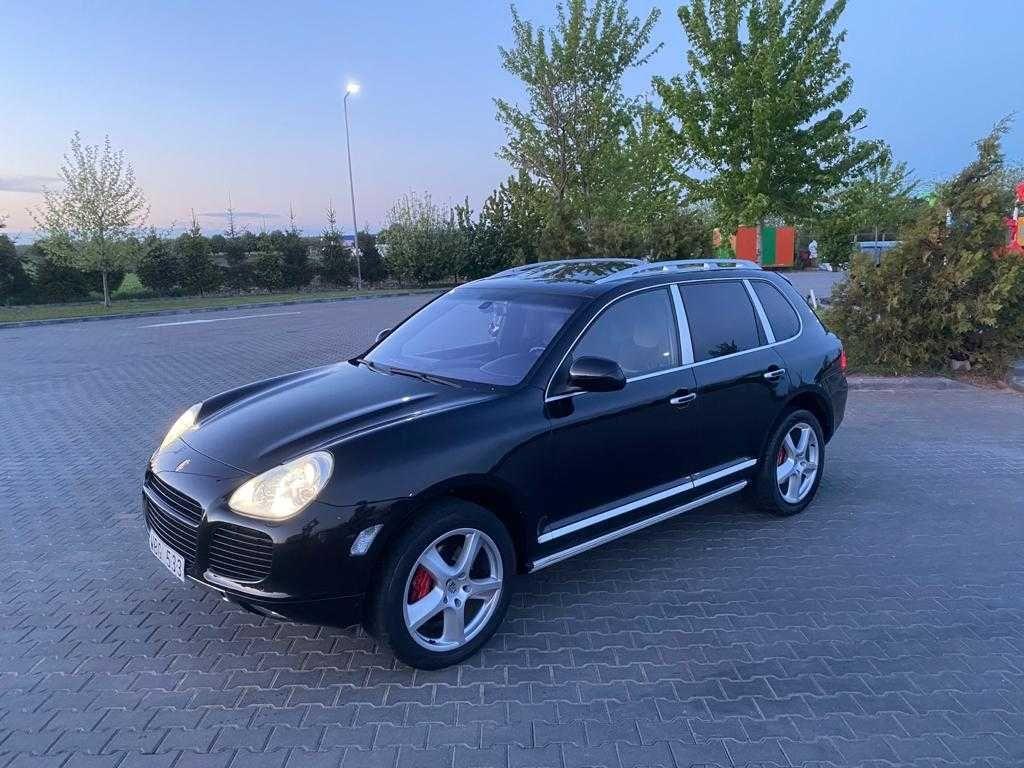 Porsche Cayenne Turbo TipTronic S/4.5 Benzina-450 CP. 2005