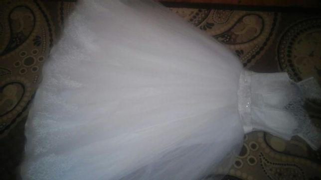 Свадебные платья.Идеальный вариант для пышногрудых красавиц –