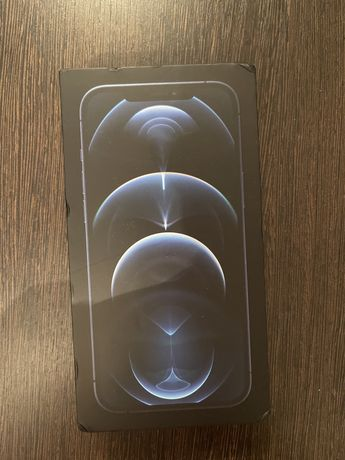 Продам Айфон 12 про макс 128Гб