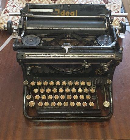 Пишеща машина Nauman Ideal