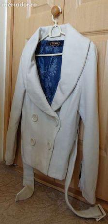 haina alba (palton)