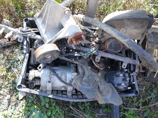 dezmembrari jeep cherokee caseta directie punti alternator 4.0
