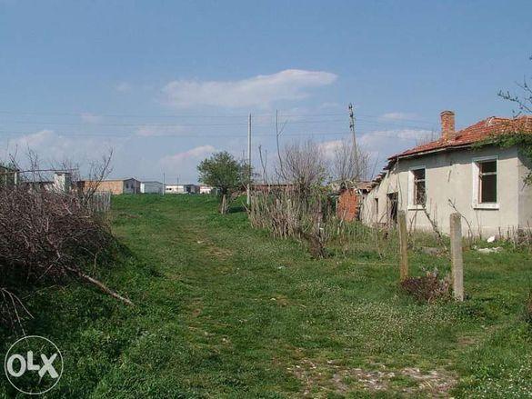 Продавам къща с. Трояново, Бургаско