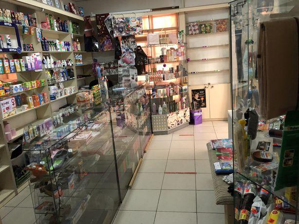 Сдам место в магазине с 1 июня под косметику, посуду, текстиль