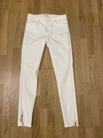 Белые джинсы от zara