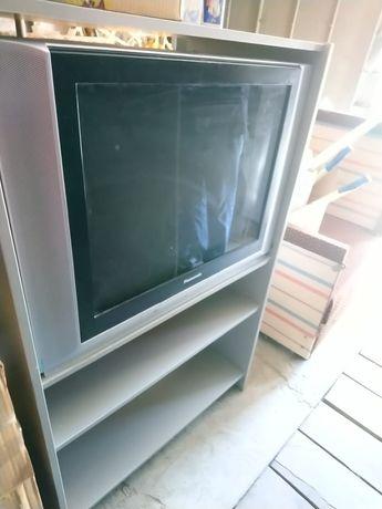 Полка под телевизор или компьютер