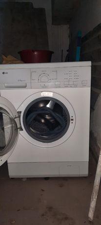 Продается стиральная машина б/у