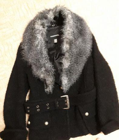 Дамско палто-S/M-20 лв