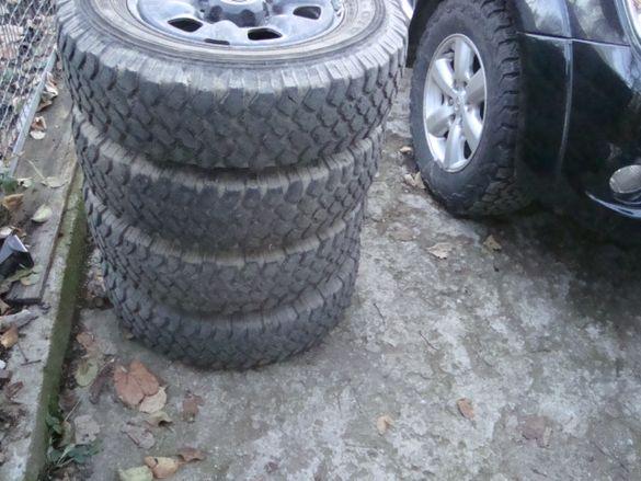4бр.зимни и офроуд гуми с джанти за тойота хайлукс пикап