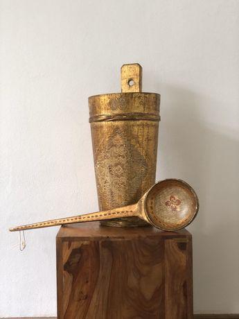 Set florentin aurit format din putina si lingura