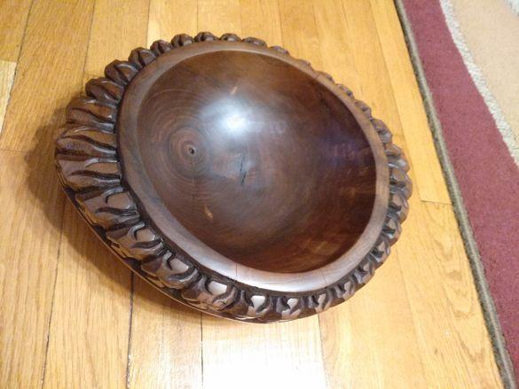 Подарък дъска за мезета/ с дърворезба/