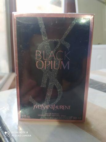 Yves Saint Laurent Black Opium парфюмированная вода объем 90 мл