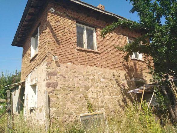 Къща в село Кошарево