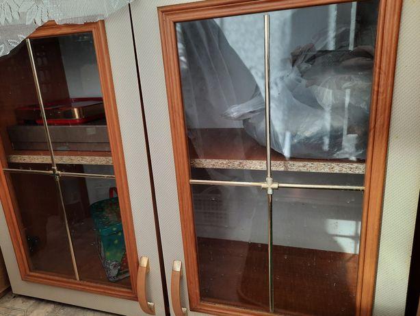 Продаю кухонные шкафы