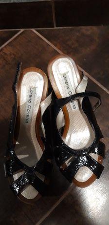 Дамски сандали с коркова подметка