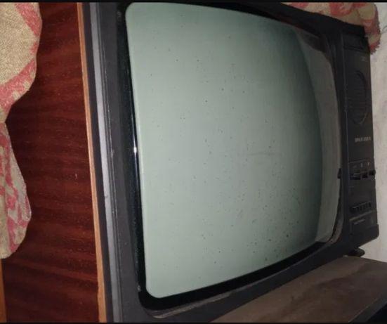 Televizor alb negru Sirius 208 B